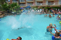 2013 rits sat pool party (4)