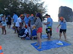 Treasure Islands | Biomerieux | Krabi 2015 (Making Teams) Tags: thailand adventure groupshot strategy krabi teambuilding 2015 treasureislands biomerieux biomerieuxkrabi2015 krabitreasureislands
