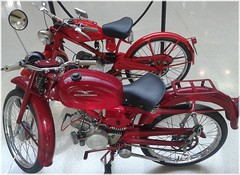 4225-Moto Guzzi Hispania.