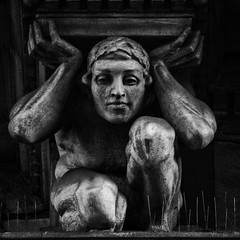 Weight of the world (elizunseelie) Tags: city urban blackandwhite bw sculpture white black male brick art history monochrome face statue stone architecture photoshop square scotland artistic pentax masculine expression glasgow centre victorian highcontrast scottish statues human anatomy figure express left period hold crushed oldcity k5 squashed crouched squeezed muscled ipad hunched immortals wieght snapseed photoshopexpeess