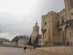 Palais des papes et Notre-Dame des doms, cathdrale d'Avignon. (Only Tradition) Tags: france frankreich frana paca christianity frankrijk avignon francia franca papacy franciaorszg  84000 frana papaut aviny