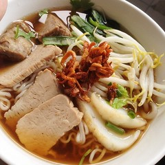 Lunch by Grandma: Pork Rib Noodle... (dinniedraco) Tags: omg soawesome uploaded:by=flickstagram instagram:photo=4996383792050880941017803