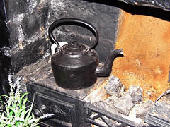 The Smallest House In Britain-Grate!!! ('cosmicgirl1960' NEW CANON CAMERA) Tags: house black wales grate conway small north kettle smallest yabbadabbadoo
