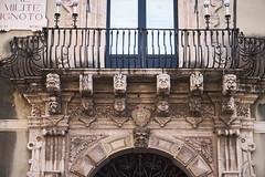 Balcn barroco (diocrio) Tags: italia balcony sicilia acireale