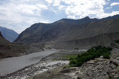 shatiyal village (jzielcke) Tags: world voyage road travel pakistan de la reisen highway asia tour south silk du route karakoram kkh monde soie reise welt karakorum   seidenstrasse    seidenstrase  silkenstrasse silkenstrase