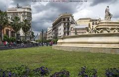 Un ratito entre las nubes de Sevilla (www.webdejaime.com) Tags: espaa sevilla andalucia nubes webdejaime
