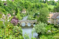 Le vieux village de Saint Cneri le Grei (franfran37) Tags: village rivire pont campagne printemps vieillesmaisons