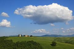 Nuvole su Vitaleta (Dancing Flowers by Gio') Tags: italy italia gio toscana valdorcia senese vitaleta sanquiricodorcia