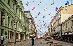 Birds over the Kamergerskiy Lane, Moscow (Tiigra) Tags: road city color architecture russia moscow ru rhythm moskva 2016