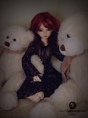 Snuggly friends (TeaTimeDoll) Tags: minifee rheia lace dress teddy bear bjd balljointdoll ball joint doll