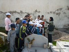 12 May - visit to Christian and Jewish cemeteries 5 (High Atlas Foundation) Tags: cemeteries cemetery community respect tolerance jewish coexistence development essaouira cultural sustainable preservation fha haf civilsociety jewishmuslim capacitybuilding participatorydevelopment