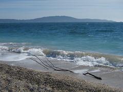 La route du sel ( iolo ) Tags: france beach f71 plage windsurf  iso80 giens presqule provencealpesctedazur lessalins s canonpowershots90 6225mm lrrouge