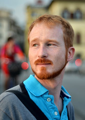 Focus on Frederic (sharkoman) Tags: red portrait meeting firenze ritratto frederic mrpan gingerhead sharkoman