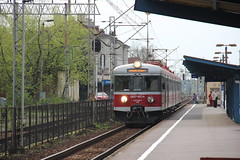 PR EN57-867 , Jaworzno Szczakowa train station 06.05.2013 (szogun000) Tags: railroad station electric set train canon tren poland polska rail railway commuter emu pr passenger trem treno ezt regio pkp pocig  silesian lskie jaworzno en57 uppersilesia grnylsk przewozyregionalne jaworznoszczakowa canoneos550d canonefs18135mmf3556is d29133 d29126 d29134 d29156 d29666 d29668 d29669 d29670 en57867