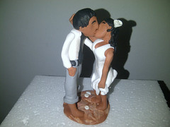 Wedding cake topper (Cakes so cool) Tags: cake weddingcake caketopper bridalcouple