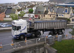 """Campbell's"" - 1 (Sir Hectimere) Tags: campbells roadtransport heavyhaulage commercialvehicles articulatedlorries haulagecontractors heavylorries portofteignmouth bamptoncattletransport"