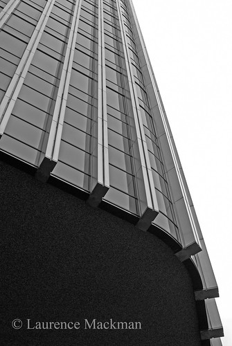 Tower42 218 E W BW