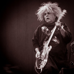 Melvins - Buzz Osborne (joeri-c) Tags: uk music london festival rock metal photoshop concert nikon experimental live grunge gig alltomorrowsparties atp alexandrapalace vocalist nikkor noise sludge guitarist alternative stoner songwriter lightroom allypally melvins kingbuzzo themelvins illbeyourmirror buzzosborne d5000 1685mm rogerosborne ibym