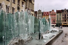 Wrocaw Fountain (Christopher OKeefe) Tags: fountain poland wroclaw marketsquare rynek breslau