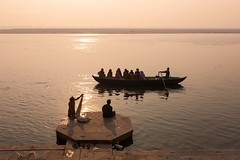 Sunrise, Varanasi (Marji Lang) Tags: life travel light people woman sun india beautiful silhouette sunrise river boats peace view lumire indian relaxing silhouettes peaceful bateaux holy varanasi hindu oldtown kashi indien oldcity sacr ganga inde ganges ghats banaras fleuve benares holycity gange uttarpradesh travelphotography  ef247028l indiansubcontinent godaulia bnars gowdolia     canoneos5dmarkii gaudolia bhrat  vras  k marjilang oldvaranasi roamingboats