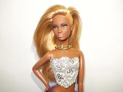 Mbili Rock Star! (Gongotxiboy (Bitxu21)) Tags: model ooak barbie muse customized custom basics mattel collector blackdoll reroot rihanna barbiecollector mbili modelmuse blackdolls barbiebasics diamondsworldtour
