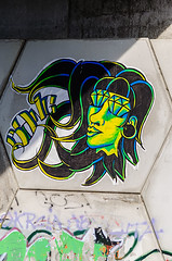 graffiti (_Rjc9666_) Tags: nikond5100 afsdxvrzoomnikkor55200mmf456gifed art graffiti pontevedra galiçia galicia spain espanha 367 green nikon55200 ©ruijorge9666 5