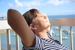 Soleil de septembre à Quiberon: le bonheur (dbrothier) Tags: canon bretagne bzh quiberon canonef2880mmf3556ii canonfrance