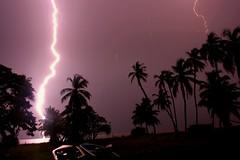 LA GRAN DESCARGA / ELECTRIC SHOCK (rams8986) Tags: light naturaleza nature shadows venezuela flash zulia lightning catatumbo sombras thunder relampago lagodemaracaibo ologa