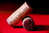 Jour de fête ! (Les photos de LN) Tags: vin fête château liège repas grandcru boissons bouteilles bouchons moulis festif millésime maucaillou vinvieux