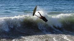 Skimboard en Papudo (Paula Misle) Tags: chile sea water sport board sony wave playa ola tabla papudo skimboard