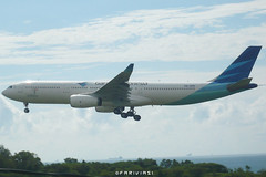 Garuda Indonesia Airbus A330-341 PK-GPE (fakhrizainar) Tags: airport airbus a330 balikpapan a330300 skyteam garudaindonesia sepinggan