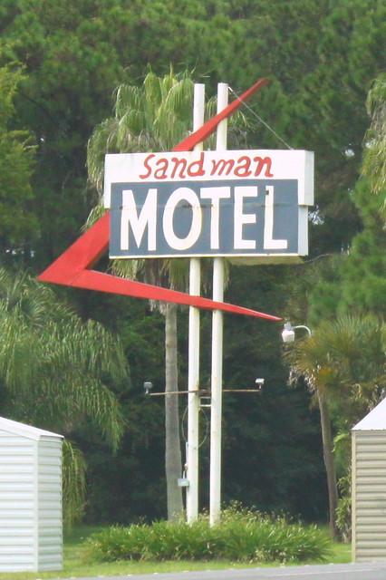 Sandman Motel - Mims, FL