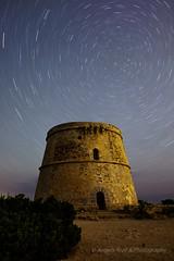 La vida es rodar y rodar.... (ANGELS ARALL) Tags: nightphotography night stars noche spain ibiza estrellas nocturna eivissa illesbalears largaexposicion fotografianocturna torredenrovira