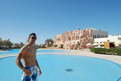 image (kaizmaxx) Tags: shirtless man abs tunisian