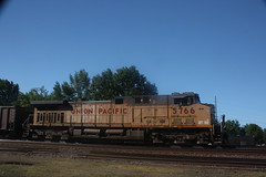 53558 (richiekennedy56) Tags: usa lawrence unitedstates kansas unionpacific ac44cw railphotos up5766 donballcurve