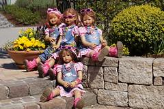 Kindergartenkinder ... (Kindergartenkinder) Tags: annemoni tivi blumen personen dolls himstedt annette ilce6000 sony essen park gruga kindergartenkinder milina sanrike