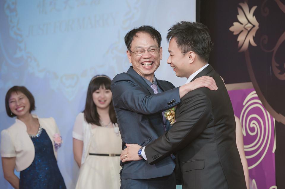 婚禮攝影-台南情定婚宴城堡永康館-75