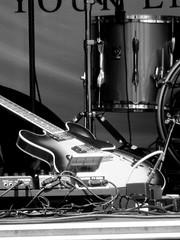 Nord Als Musikfestival (Landanna) Tags: white black concert guitar zwart sort hvid gitaar zw nordalsmusikfestival