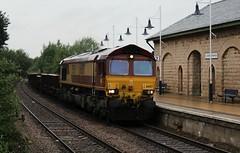DB Cargo / EWS Class 66 66057 - Mansfield Woodhouse (the mother '66' 66001) Tags: mansfield class66 ews toton dbcargo mansfieldwoodhouse 66057 robinhoodline dbschenker