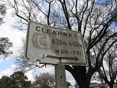 Weathered Clearway Sign (RS 1990) Tags: sign traffic july adelaide weathered friday southaustralia keswick 8th clearway 2016 everardpark anzachwy