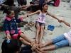 Lazuardi Birru Lomba Fotografi 2012 (IslamDiDadaku) Tags: kebersamaan kebahagian berbagitawa candatawa sukaduka
