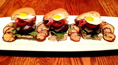 The GC Mini Umami Bomb Bello Sliders (MarquisDeRad) Tags: food cooking recipe foodporn homecooking cookery foodphotography cookordie graffiticookery