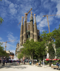 Sagrada Familia - Barcelona (konceptsketcher) Tags: church familia architecture photography spain arquitectura gaudi catalunya sagrada icapture 2013 flickraward konceptsketcher