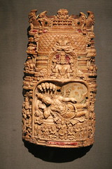 Asian_Art_Museum_03_31_2013_024 (AlejandroFranceschi) Tags: sculpture india art museum asian asia buddhist faith religion relief jade weapon pottery dagger myth throne relic koran qran illustratedmanuscript