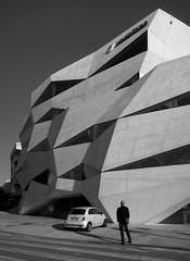 Vodafone HQ (schromann) Tags: new building portugal architecture concrete office porto expressionist architektur vodafone oporto neu beton brut sichtbeton 20130513