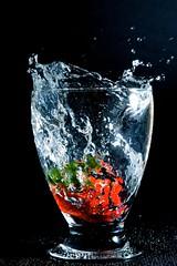 macro_10 (steph-55) Tags: macro water drops waterdrop eau drop droplet splash waterdrops lorraine meuse verdun nikond800 nikkor24120f4 steph55