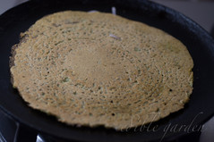 andhra pesarattu recipe-pesarattu dosa with green moong