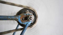 daily Beausage (Hagbard_) Tags: rad speichen gear daily chain fixed fixedgear blau fahrrad kette diamant bahnrad hinterrad beausage drehend ritzel esdrehtsich diamantgehtdurchdiewand
