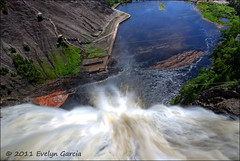 before the drop. (evelyng23) Tags: canada waterfall long exposure raw quebec sigma drop quebeccity 1020mm hdr aficionados fromthetop 2011 montmorencyfalls photomatix 1exp evelyng23 pentaxk5 beforethedrop lastthingyoullsee