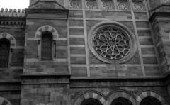 Central Synagogue (Albin Lohr-Jones) Tags: nyc blackandwhite 35mmfilm zeissikon ilforddelta400 manualfocus contaflexbeta classicslr 45mmf28pantar